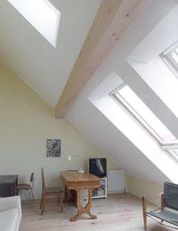 klasieke Studeerkamer/kantoor door +studio moeve architekten bda
