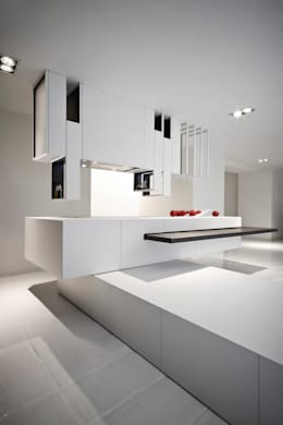 moderne Keuken door Alessandro Isola Ltd