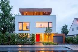 moderne Huizen door bdmp Architekten & Stadtplaner BDA GmbH & Co. KG