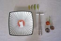 둥근사각접시: 더송스의  주방