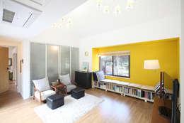 Salas / recibidores de estilo moderno por 주택설계전문 디자인그룹 홈스타일토토