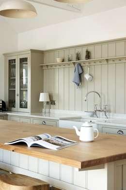 deVOL Kitchens: kırsal tarz tarz Mutfak