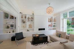 غرفة المعيشة تنفيذ DDWH Architects