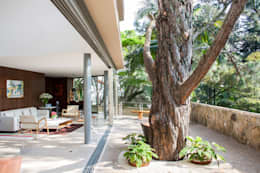 Casas de estilo moderno por SAA_SHIEH ARQUITETOS ASSOCIADOS