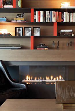 modern Living room by adela cabré