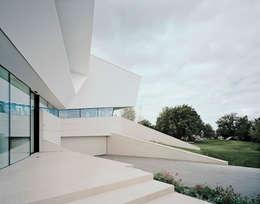 Projekty, nowoczesne Domy zaprojektowane przez project a01 architects, ZT Gmbh