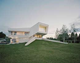 Casas de estilo moderno por project a01 architects, ZT Gmbh
