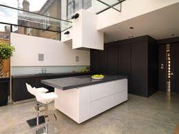 moderne Keuken door Simply Italian