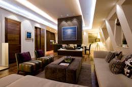 modern Living room by Simply Italian
