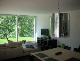 EFH Steinbreite, Ehrendingen, 2009: moderne Wohnzimmer von 5 Architekten AG