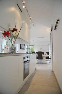 Projekty,  Kuchnia zaprojektowane przez STREIF Haus GmbH
