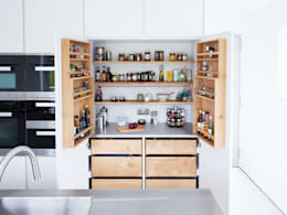 Dapur by Luxmoore & Co