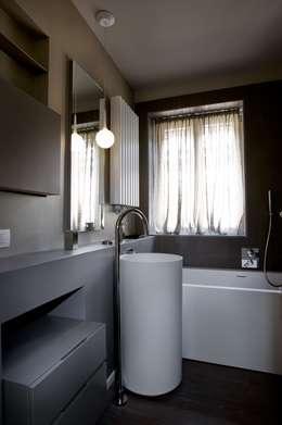 minimalistische Badkamer door luca bianchi architetto