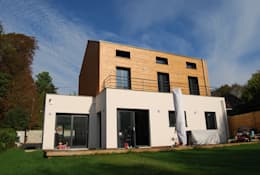 façade sud: Maisons de style de style Moderne par SARA Architecture
