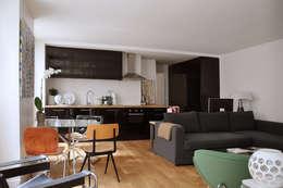 salle à manger: Salle à manger de style de style Moderne par LLARCHITECTES