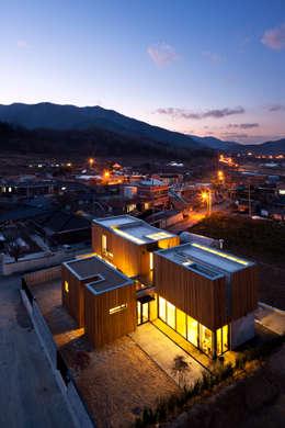 단산리주택 Dansanli House: ADF Architects의  주택