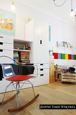 scandinavische Kinderkamer door JedyneTakieWnętrza