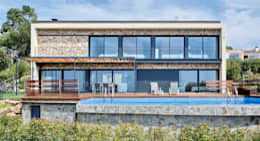 mediterranean Houses by HOUSE HABITAT