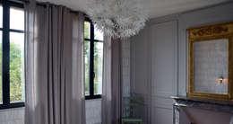 Petit Manoir Normand: Chambre de style de style Classique par AGENCE APOLLINE TERRIER