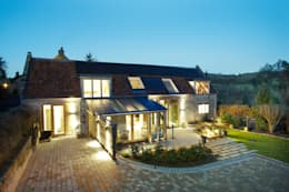 Hart Design and Construction : kırsal tarz tarz Evler