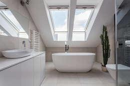 minimalistic Bathroom by BC Designs