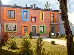 Dom Senatorska: styl nowoczesne, w kategorii Domy zaprojektowany przez REFORM Konrad Grodziński