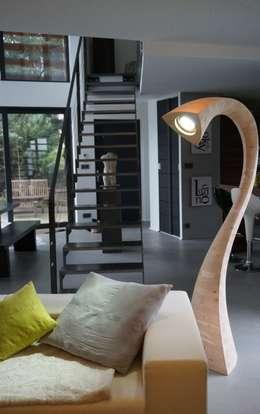 FLASH Light - L: Salle à manger de style de style Moderne par JCP Concept