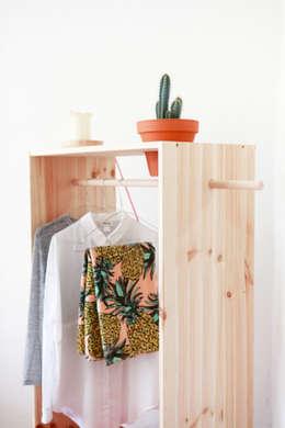 minimalistische Kleedkamer door Katleen Roggeman