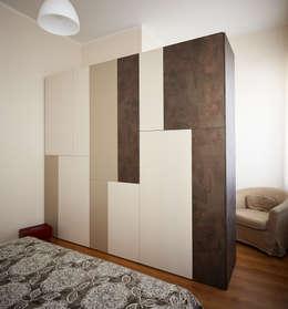 Habitaciones de estilo moderno por Diciassette Tredici