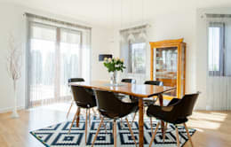 Dom z Głębokiej, home staging: styl , w kategorii Jadalnia zaprojektowany przez Sceny Domowe