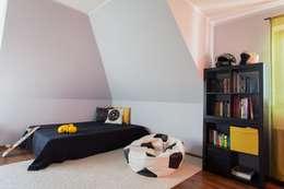 scandinavian Nursery/kid's room by Sceny Domowe