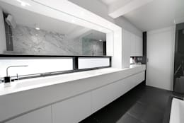minimalistic Bathroom by OneByNine