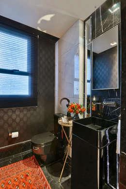 Apartamento Belvedere 2014: Banheiro  por Gislene Lopes Arquitetura e Design de Interiores