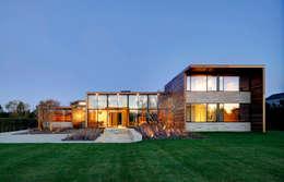 Projekty, nowoczesne Domy zaprojektowane przez MIDE architetti