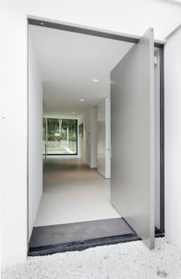 Casas de estilo moderno de FritsJurgens BV