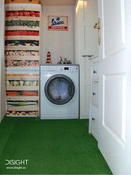 lavadero: Cocinas de estilo moderno de DISIGHT