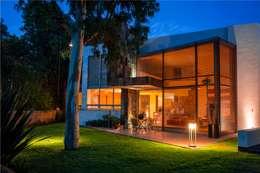 moderne Huizen door GRUPO VOLTA