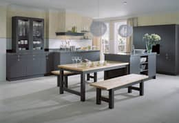 country Kitchen by LWK Kitchens