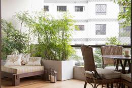 Sala de estar_ Varanda:   por Lembi Arquitetura