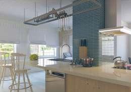 Nuevo Tasarım – Ankarada bir ev: modern tarz Mutfak