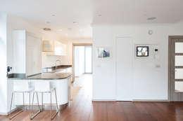 Кухни в . Автор – Nic  Antony Architects Ltd
