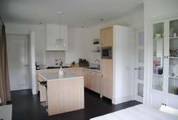modern Kitchen by halma-architecten