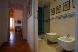 modern Bathroom by CalìArchitetti