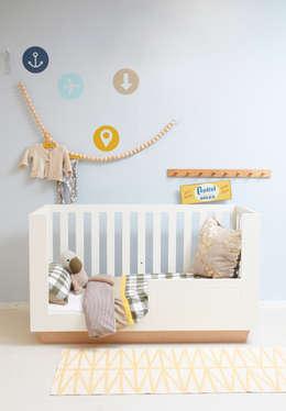 ledikant LEUK: minimalistische Kinderkamer door ukkepuk meubels