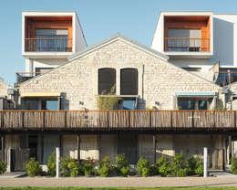 Le village Bacalan: Maisons de style de style Moderne par Leclercq & Associés