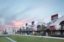 Le village Bacalan:  de style  par Leclercq & Associés