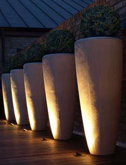 Terrace by Paul Dracott Garden Design