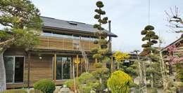 Projekty, nowoczesne Domy zaprojektowane przez 一級建築士事務所オブデザイン