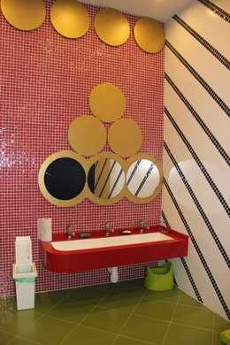 детский сан. узел: Ванные комнаты в . Автор – Anna Vladimirova