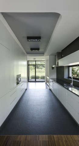 Кухни в . Автор – PAWEL LIS ARCHITEKCI
